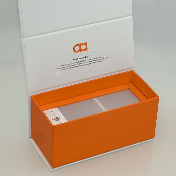 Onia® mini - Light therapy lamp in gift box